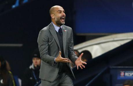 Messi mo ty so, Barca van thua nguoc 1-3 Man City - Anh 18