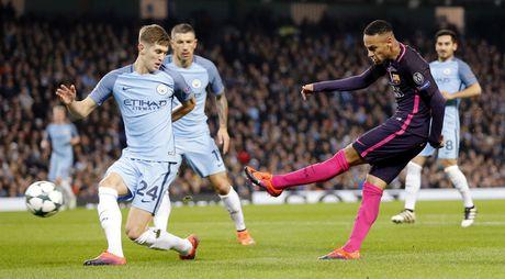 Messi mo ty so, Barca van thua nguoc 1-3 Man City - Anh 5