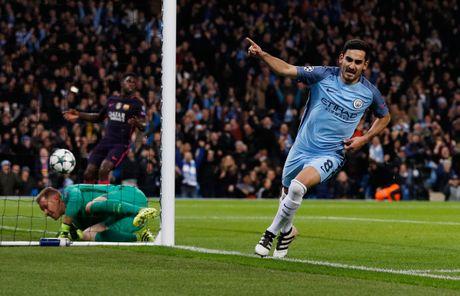 Messi mo ty so, Barca van thua nguoc 1-3 Man City - Anh 7