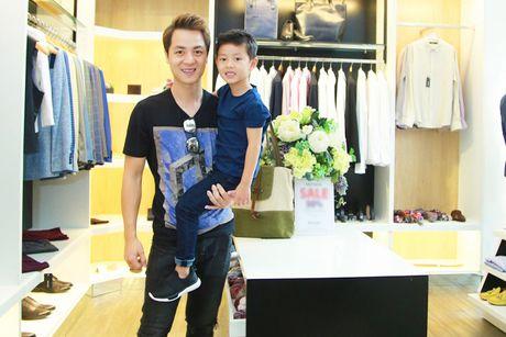 Dang Khoi va con trai dien do doi sanh dieu - Anh 2