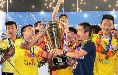 Tuyen thu U19 ghi ban giup U21 Ha Noi T&T vo dich - Anh 1