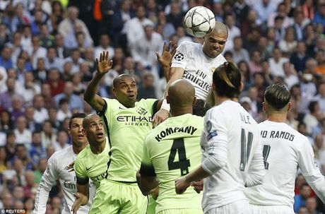 Vuot Real, Man City am tien thuong Champions League nhieu nhat - Anh 1