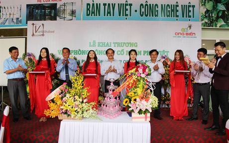 Ong Bien cung cap phan bon huu co cho nong dan mien Trung - Anh 1