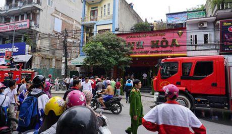 Chay tiem vang giua trung tam thanh pho Thanh Hoa - Anh 1