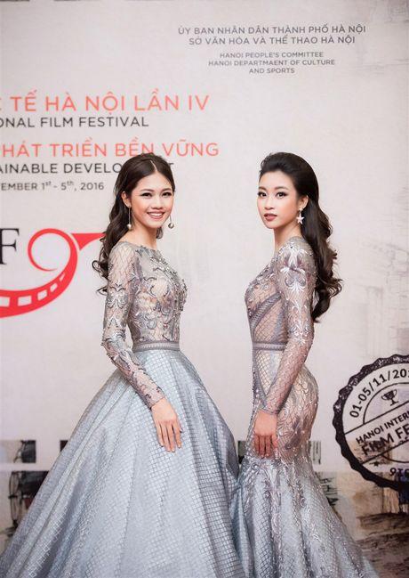 Den vien Minh Tiep lich lam sanh buoc cung Hoa hau Do My Linh, A hau Thanh Tu - Anh 3