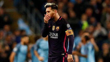 Messi suyt tan cau thu Man City sau tran thua cua Barca - Anh 1
