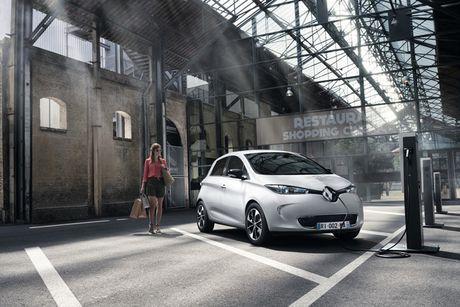 Renault Zoe 2017 chao ban o Anh voi gia sieu re - Anh 9