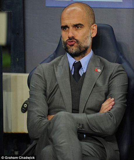 Du am Man City 3 – 1 Barca: Lai nga mu truoc Pep Guardiola - Anh 2