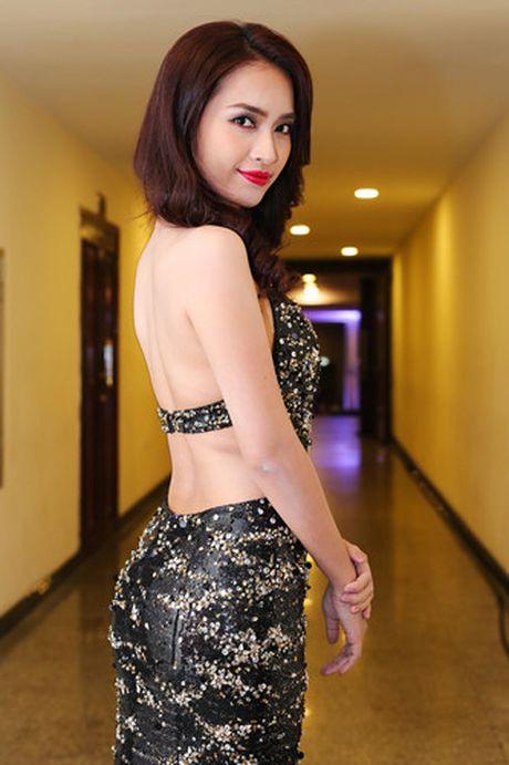 Ai Phuong tu tin lam MC Lien hoan phim Quoc te Ha Noi - Anh 2