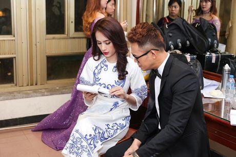 Ai Phuong tu tin lam MC Lien hoan phim Quoc te Ha Noi - Anh 4