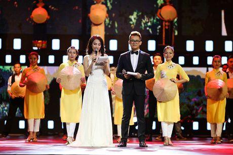 Ai Phuong tu tin lam MC Lien hoan phim Quoc te Ha Noi - Anh 8