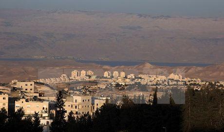 Israel cap phep xay hon 180 nha dinh cu moi o Dong Jerusalem - Anh 1