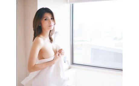 Choang voi doi thuong cua my nhan phim 18+ dang duoc 'san lung' - Anh 3