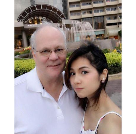 Choang voi doi thuong cua my nhan phim 18+ dang duoc 'san lung' - Anh 6