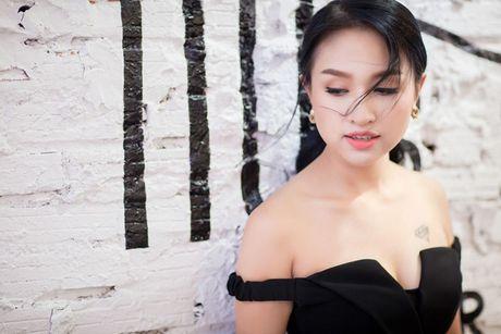 4 hot girl 'doi dau' lam me don than co nhan sac van nguoi me - Anh 11