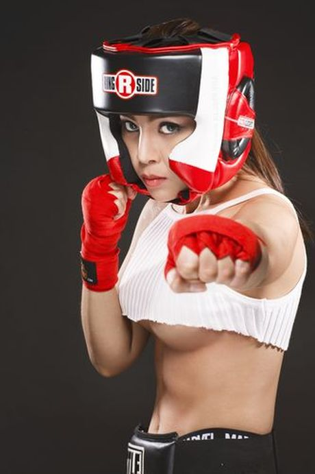Soi do sexy lan xa cua 'nu hoang boxing' Hoang Yen My - Anh 10