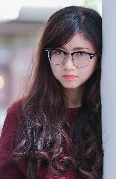 'Hot boy' U19 Viet Nam tiet lo ban gai hon tuoi cuc xinh - Anh 10