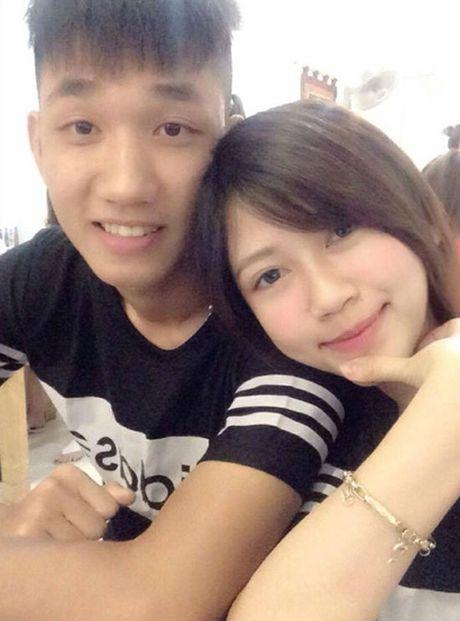 'Hot boy' U19 Viet Nam tiet lo ban gai hon tuoi cuc xinh - Anh 3