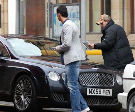 Cristiano Ronaldo 'thanh ly' xe sang Bentley gia 1,64 ty - Anh 2