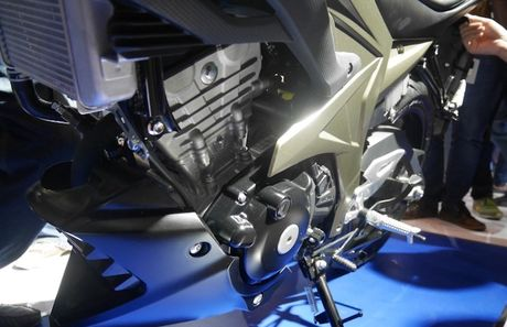 Can canh 'xe no' con tay gia re Suzuki GSX-S150 - Anh 6