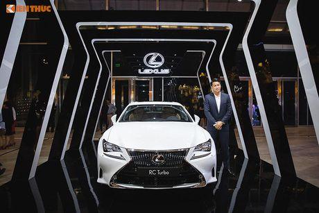 Xe tien ty Lexus RC noi bat tai Tuan le thoi trang 2016 - Anh 7