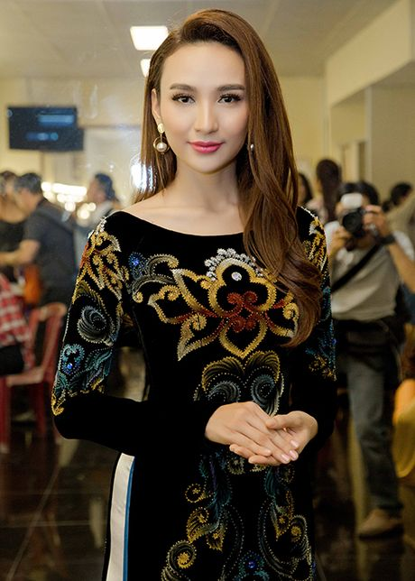 Ngoc Diem do sac cung Hoa hau Bien Ninh Hoang Ngan - Anh 10
