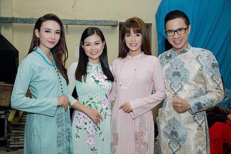 Ngoc Diem do sac cung Hoa hau Bien Ninh Hoang Ngan - Anh 5