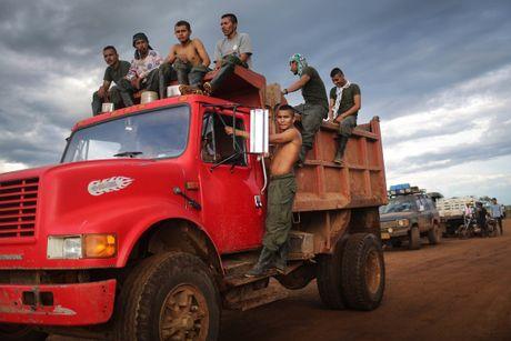 Cuoc song khong tieng sung cua thanh vien FARC o Clombia - Anh 10