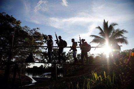 Cuoc song khong tieng sung cua thanh vien FARC o Clombia - Anh 6