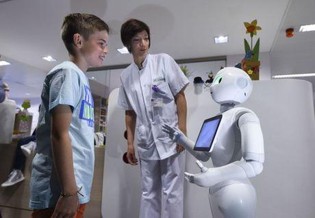 Robot dang dan thay the con nguoi trong cuoc song thuong ngay - Anh 9