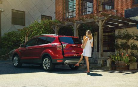Ford Escape 2017 duoc danh gia la 'the thao nhung dat do' - Anh 2