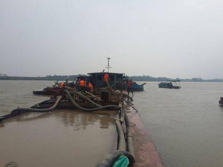 Thanh Hoa: Nguoi dan keu cuu vi bi giam giu phuong tien muu sinh - Anh 3