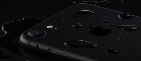 Apple khoe loa ngoai chong nuoc cua iPhone 7 qua video quang cao moi - Anh 1
