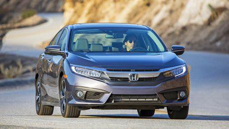 Honda Civic 2016 bi trieu hoi tai Bac My, Viet Nam co anh huong? - Anh 1