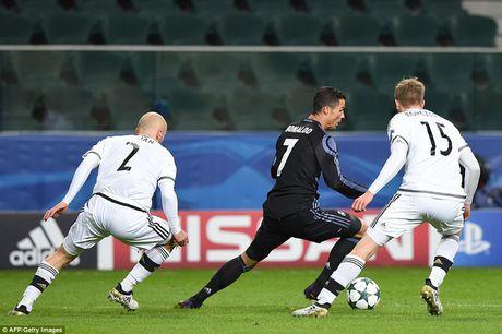 Real Madrid va Legia Warsaw nget tho den phut thi dau cuoi cung - Anh 2