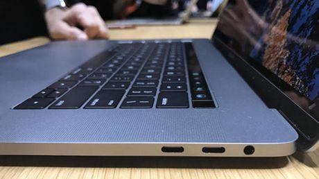 Nguoi dung than van hai van de tren MacBook Pro ban chay nhat - Anh 2