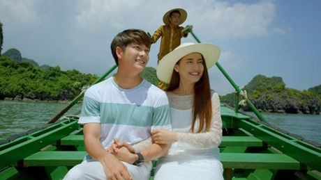Nha Phuong, Kang Tae Oh au yem lang man tren Vinh Ha Long - Anh 1