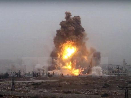 Ban tin 20H: Syria cao buoc My khong kich nham ho tro IS - Anh 1