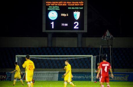 Chum anh dep tran chung ket giai U.21 - Anh 45