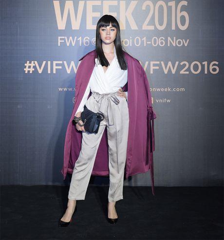 Hang loat hoa hau Viet do sac voi Hoa hau Hoan vu Singapore 2016 - Anh 4