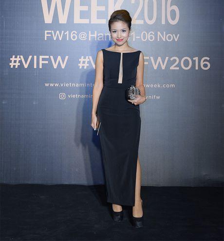 Hang loat hoa hau Viet do sac voi Hoa hau Hoan vu Singapore 2016 - Anh 7