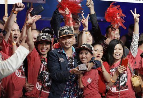 'Than bai' goc Viet thang 8 trieu USD tai giai poker the gioi - Anh 3