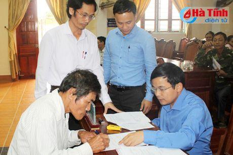 Diem dan Ky Ha phan khoi nhan boi thuong thiet hai su co moi truong - Anh 2