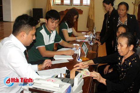 Diem dan Ky Ha phan khoi nhan boi thuong thiet hai su co moi truong - Anh 3