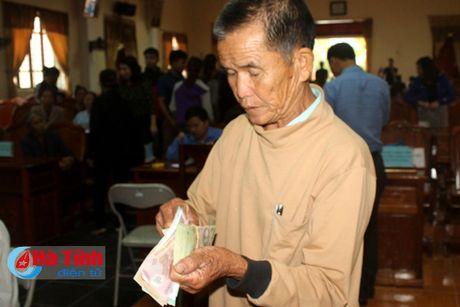 Diem dan Ky Ha phan khoi nhan boi thuong thiet hai su co moi truong - Anh 4