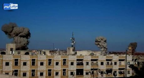 Chien dau co Syria trut sam set xuong phien quan o Hama, Idlib - Anh 1