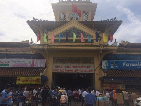 Tu 15-11: Dong cua cho Binh Tay mot nam - Anh 1
