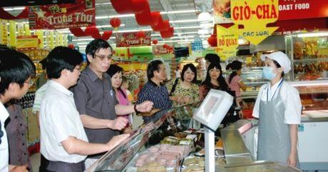 Diem bao ngay 3/11/2016: Doanh nghiep tran tinh noi kho mang ten... 'an toan thuc pham' - Anh 1