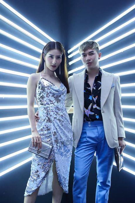 Nhung cap doi sao - stylist cung nhau 'di len' trong showbiz Viet - Anh 12