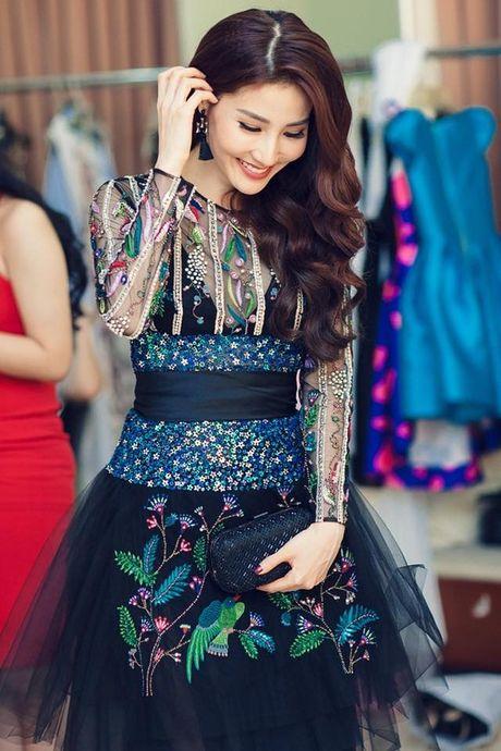 Nhung cap doi sao - stylist cung nhau 'di len' trong showbiz Viet - Anh 14